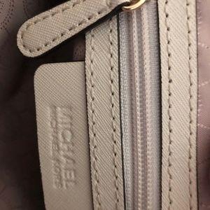Michael Kors Bags - Cream Michael Kors Crossbody Bag